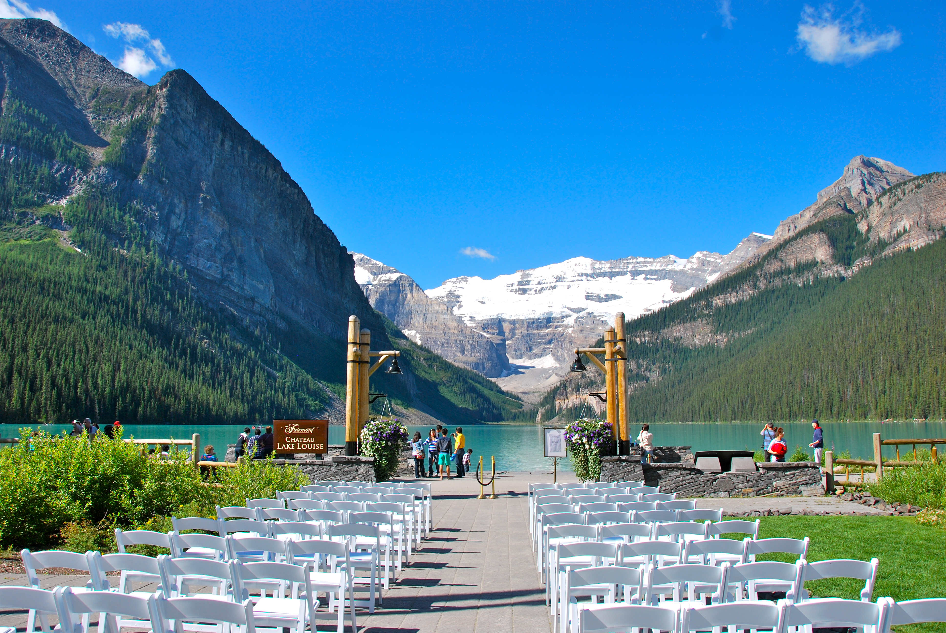 lake louise – banff national park - travelling moods