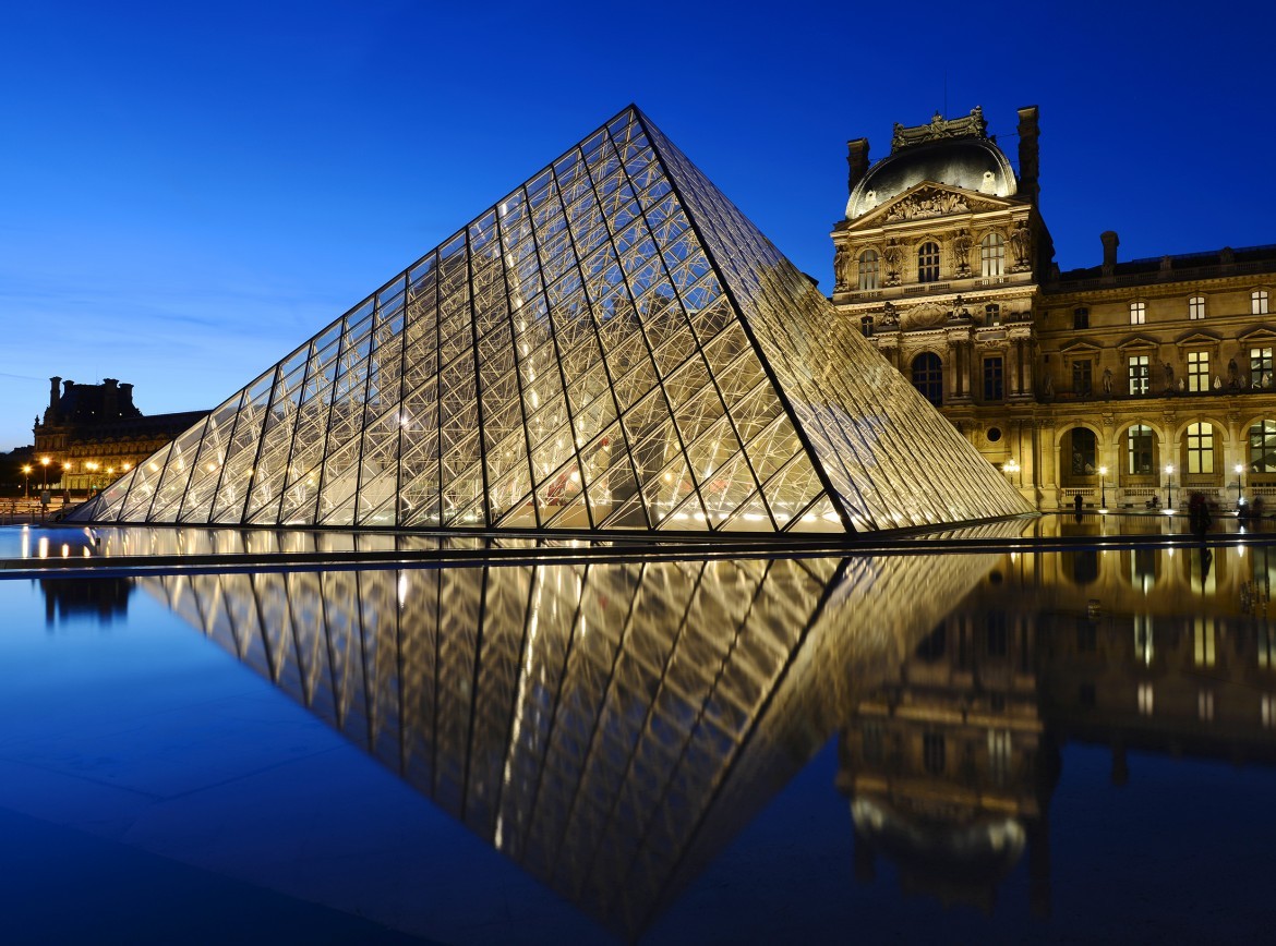 The Louvre Museum: Facts, Paintings & Tickets