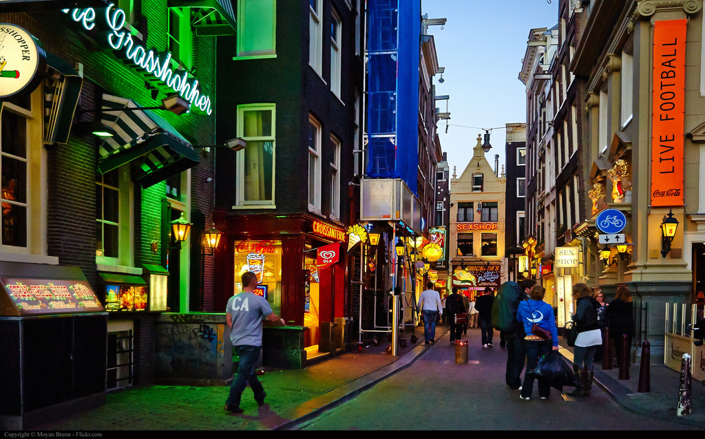 Amsterdam Night Clubs & Coffee Shops